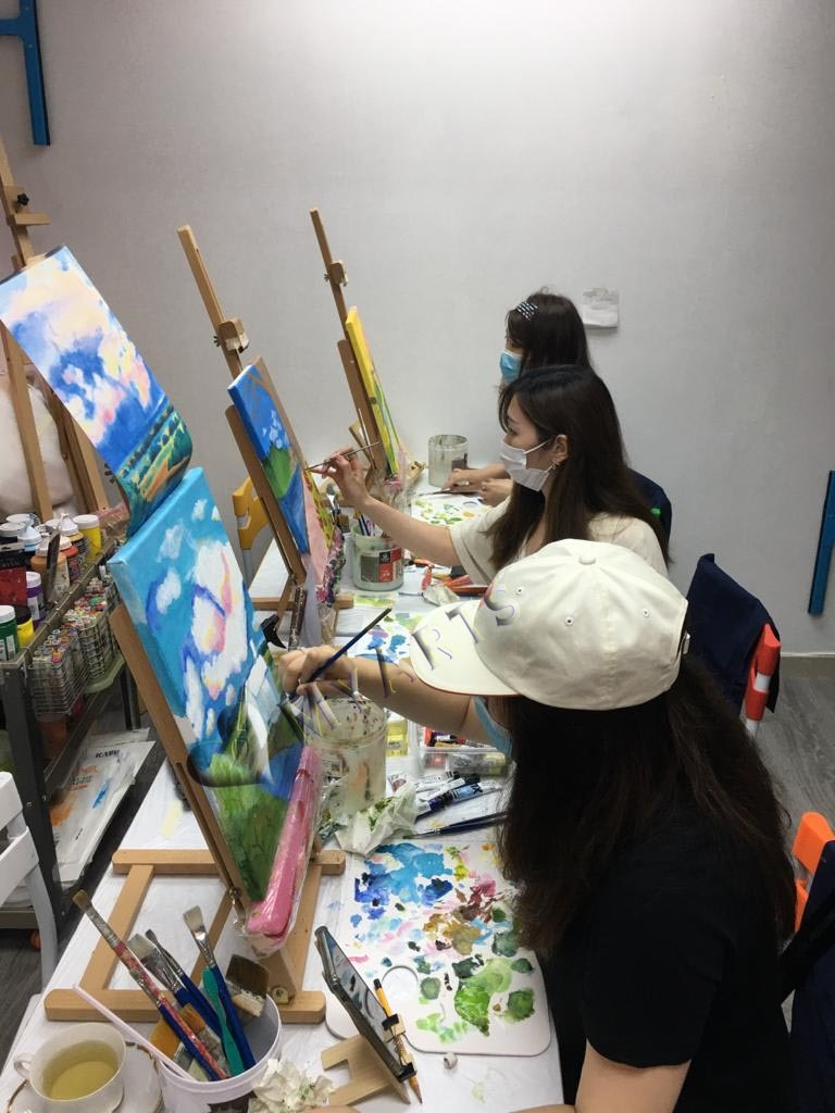 提供無拘束Art Jamming 的體驗,你與姊妹閏蜜、情侶一齊分享Art Jam 創作